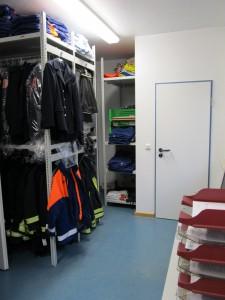 Bekleidungskammer (2)