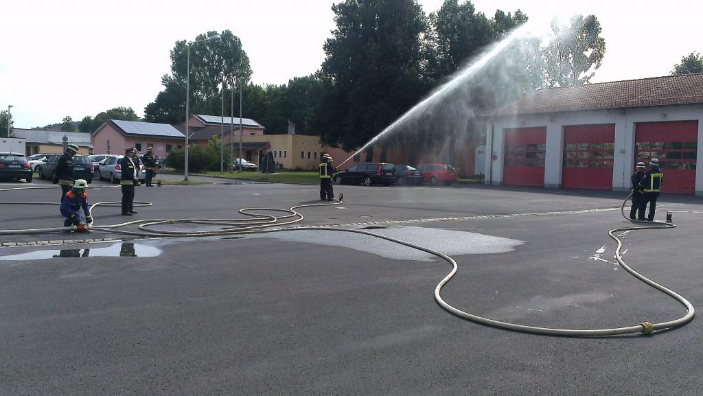 Wasserentnahme aus dem Hydrant