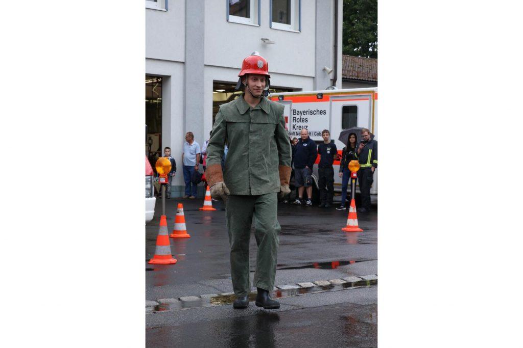 Feuerwehrmodenschau