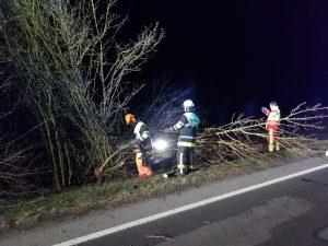 Verkehrsunfall B4 17.03.17 (2)