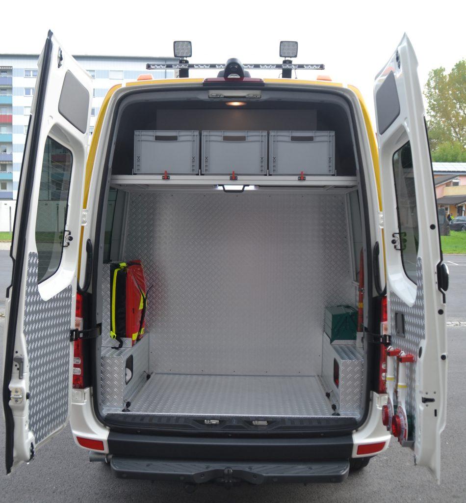 Ladefläche Heck - Mehrzweckfahrzeug der FF Neustadt
