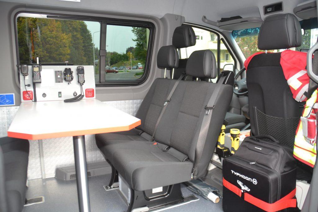 Besprechungsraum - Mehrzweckfahrzeug der FF Neustadt